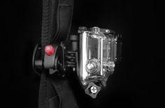 バックパックのハーネスにカメラをサクッと装着できるCapture   POV KIT