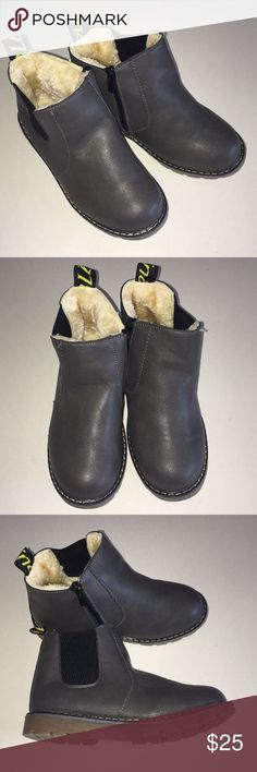 Toddler Boy/Girl Winter Shoes New without box China size 34 inches) Gray Unb. Winter Shoes, Toddler Boys, Loafers Men, Chelsea Boots, Shoe Boots, Oxford Shoes, Dress Shoes, China, Gray