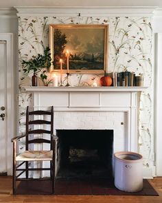 Cottage Homes, Cottage Style, Farmhouse Style, Elegant Homes, Classic House, Beautiful Interiors, Home Living Room, Living Spaces, Cozy House