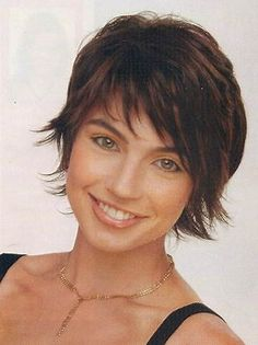 Risultato immagine per short choppy hairstyles for fine hair