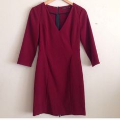 HP🎉 MAROON ZARA DRESS This oxblood red body con dress. Features 3/4 sleeves and a thick fabric. Host pick on 8/7! 🎉 Zara Dresses
