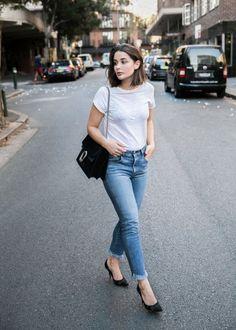Stylish jeans + tee combo