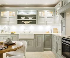 Beautiful Grey Painted Kitchen – Tom Howley