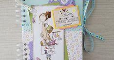 ¡Hola! Hoy quiero compartir un Diario de embarazo que hice para gemelos. Los colores vivos, los papeles son de El Altillo de los Duendes, c... Scrapbooking, Album, Sleeping Loft, Bold Colors, Twins, Elves, Pregnancy, Paper Envelopes, Scrapbook