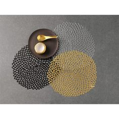to go under centerpieces in black    Chilewich Dahlia Placemat