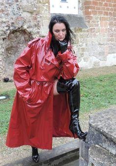Imper Pvc, Rain Fashion, Red Raincoat, Pvc Coat, Latex Girls, Vintage Boots, Rain Wear, Old Women, Lady In Red