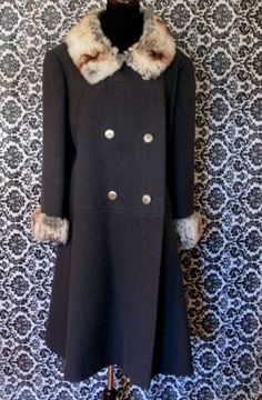 Vintage Grey Wool Coat with Fox Collar and by MISSVINTAGE5000, $30.00