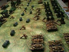 ACTIVITÉS ■ MÉMOIRE 44 | Un wargame léger, destiné à des (jeunes ?) joueurs qui aiment les chars d'assaut, les soldats, les embuscades, la stratégie, sans que les parties ne s'éternisent et ne ressemblent à un jeu d'échecs
