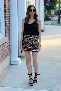 Date Night Look Wearing an Embroidered Skirt
