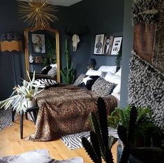 A Story of Home – Dark decor & eclectic styling – animal print bedroom inspiration dark decor large gilt floor standing mirror Home Decor Ideas, Home Decor Styles, Dark Home Decor, Decorating Ideas, Home Decor Bedroom, Decor Room, Airy Bedroom, Dark Cozy Bedroom, Dark Bedrooms