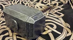 Mijolnir Thor #lps #larp #cosplay #grv #forgiadellupo #brenin #latex #weapon #lattice #armi #fantasy #martello #hammer #thor #mijolnir