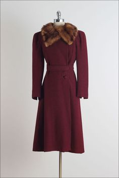 a1ddc749effaf Vintage Fashion 1950s, Vintage Clothing 1940s, Retro Fashion, Vintage  Dresses, 1940s Fashion
