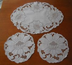 Vintage Duchess Set Intricate Work Set of Three Hand Made in Antiques, Textiles, Linens, Lace, Crochet, Doilies | eBay