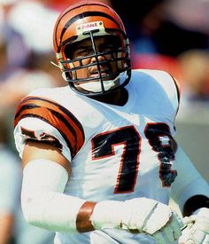 038199dc6 78 - Anthony Munoz - Best NFL Player by Jersey Number  50-99 -