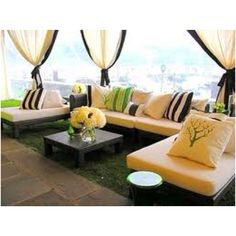 Outdoor patio idea  http://www.usepaper.com/2011/07/02/outdoor-furniture-design-ideas/outdoor-furniture-ideas/
