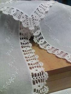 Crochet Edging Patterns, Crochet Lace Edging, Crochet Borders, Filet Crochet, Diy Crochet, Crochet Doilies, Knitting Patterns, Beautiful Crochet, Crochet Projects