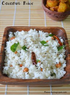 Coconut Rice - South Indian Coconut Rice - My Magic Pan Rice Recipes, Indian Food Recipes, Keto Recipes, Vegetarian Recipes, Ethnic Recipes, Indian Foods, Lemon Rice, Coconut Rice, Yummy Lunch Box