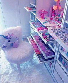 Unicorn Rooms, Unicorn Bedroom, Unicorn Pillow, Girl Bedroom Designs, Girls Bedroom, Bedroom Decor, Bedroom Ideas, Trendy Bedroom, Bedroom Storage