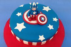 Tarta de fondant de Superhéroe: Capitán America.Captain America cake