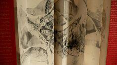 """C. Hadengue """"origasmique 5"""" encres sur papier de riz marouflé sur papier d'écorce de mûrier, 270x45 cm, 2008"""