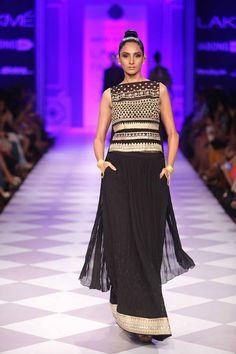 Taj Mahal Tea presents Anita Dongre at Lakme Fashion Week (LFW) 2014 Day 3 Show 8