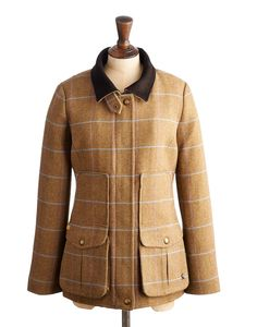 Joules Womens Semi-Fitted Tweed Field Coat, Green Holker Tweed.                     Capture true country style with this heritage piece that's completely timeless and made to last after season. In rugged tweed it's a twist on a classic with beautiful detailing including gold trims and a suede collar. Semi fitted with a dipped hem and vented back it's a true Joules classic.