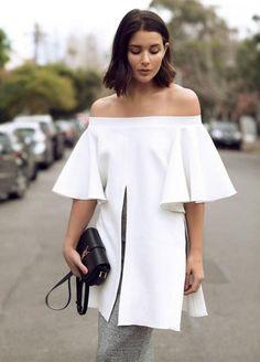 Shop Beige Bell Sleeve Off The Shoulder Split Blouse EmmaCloth-Women Fast Fashion Online Fashion Blogger Style, Look Fashion, Girl Fashion, Fashion Outfits, Classy Fashion, Fashion Moda, Fashion Bloggers, Fashion Styles, Street Fashion