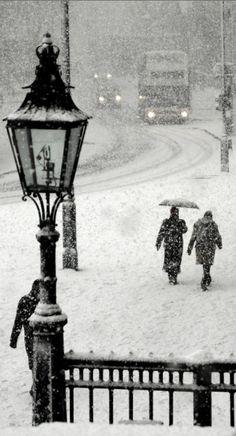 """Epic Snow"" ~ London, England • photo: Ben Murray ☛ http://www.benmurray.us/2010/12/epic-snow/#!prettyPhoto"