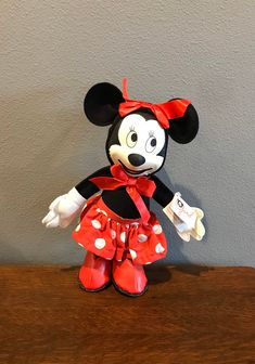 1993 Limited Edition Reproduction of Original Gund Minnie Mouse Doll- Vintage Disneyana Convention Exclusive Gund Stuffed Minnie Mouse by MagicalNostalgia on Etsy Minnie Mouse Doll, Vintage Mickey Mouse, Vintage Disney, Sweet Notes, Vintage Dolls, Winnie The Pooh, The Originals, Toys, Disney Characters
