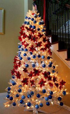 Patriotic Christmas tree! Love! ❤