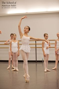 Girls Group I Pointe class