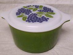 Vintage Pyrex Promotional Green Grape