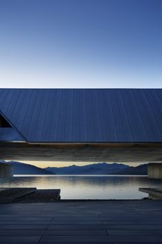 On The Water by Yamanashi in Nikken Sekkei. Japan Architecture Modern, Water Architecture, Chinese Architecture, Interior Architecture, Architecture Colleges, Architecture Layout, Renaissance Architecture, Creative Architecture, Victorian Architecture