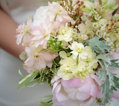 DIY Wedding Workshops created by Shoreditch-based florist Columbia Creative!