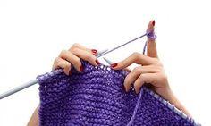 Un'ora di knitting può fare le veci di un'ora di yoga o di meditazione. Il ripetere movimenti precisi e sempre identici a se stessi, con il