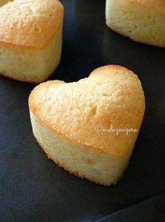 tortine di soli albumi (senza lattosio) Cheesecake Pie, Mud Cake, Italian Cookies, Lactose Free, Cornbread, Love Food, Sweet Recipes, Buffet, Food And Drink