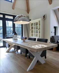Ideas on a dining table 6 Seater Dining Table, Dining Room Table Decor, Diy Picnic Table, Outdoor Furniture Plans, Home And Deco, Farmhouse Table, Interior Design Living Room, Home Decor, Steel Table