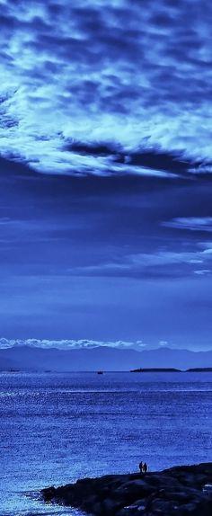 Blue skies, smiling at me...