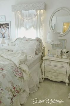 Romantic Shabby Chic Bedroom With Fairy Lights Over Headboard And Whitewashed Nightstand Shabby Chic Vintage, Estilo Shabby Chic, Romantic Shabby Chic, Shabby Chic Kitchen, Bedroom Vintage, Romantic Ideas, Bohemian Chic Decor, Shabby Chic Decor, White Bohemian