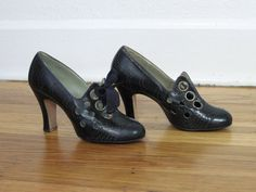 1930s Vintage Shoes. A great price, at only $58, but much too small for me.