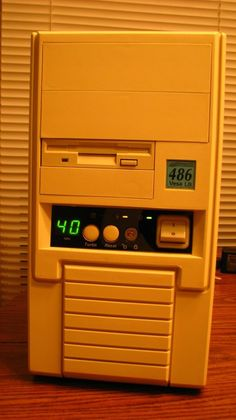486 PC Computer with Turbo button