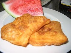 - Rollkuchen – Mennonite fried dough (eat with watermelon!) Rollkuchen – Mennonite fried dough (eat with watermelon! Amish Recipes, Cooking Recipes, German Recipes, Cooking Ideas, Yummy Recipes, Panchetta Recipes, Watermelon Cookies, Fried Bread Recipe, Meals