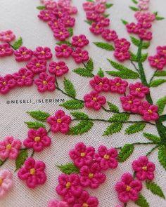 Embroidery On Kurtis, Kurti Embroidery Design, Hand Embroidery Dress, Basic Embroidery Stitches, Embroidery Flowers Pattern, Creative Embroidery, Embroidery Suits, Hand Embroidery Designs, Embroidery Thread