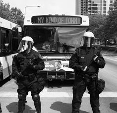 OccupyChicago's press photog Marcus Demery catches an amusing moment during the May 20 2012 NATO protests in Chicago.