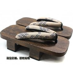 Two Teeth Geta Traditional Japanese Clogs For Men - School Of Fish
