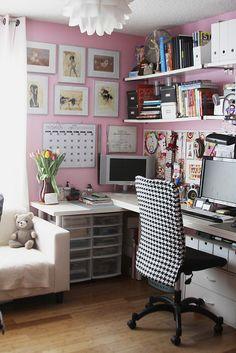 Pink and houndstooth?  Yes please! ähnliche tolle Projekte und Ideen wie im Bild vorgestellt findest du auch in unserem Magazin . Wir freuen uns auf deinen Besuch. Liebe Grüß