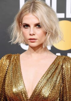 80 Bob Hairstyles To Give You All The Short Hair Inspiration - Hairstyles Trends Hair Inspo, Hair Inspiration, Blonder Bob, Choppy Bob Hairstyles, Teenage Hairstyles, Fancy Hairstyles, Wedding Hairstyles, Big Hair, Face Shapes