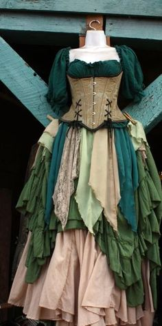About twice a year, I go to the Renaissance Festival. I dress up and everything. It's like a big in-costume shopping trip. Renaissance Costume, Medieval Costume, Renaissance Clothing, Medieval Dress, Renaissance Gypsy, Medieval Peasant, Elf Kostüm, Moda Medieval, Period Outfit