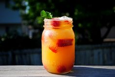Shaken Nectarine Vodka Chillers - a perfect use for all those nectarines that are ripe right now