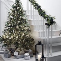 Last Trending Get all images christmas decorations company Viral uk christmas image scl qlt Christmas Tree Candle Holder, Led Christmas Tree, Christmas Candles, Christmas Images, Christmas Home, Christmas 2019, Natural Christmas, Led Xmas Lights, Scene Setters